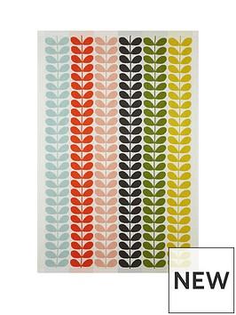 orla-kiely-multi-stem-bath-sheet-classic