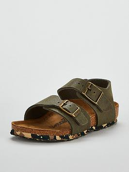birkenstock-boys-new-york-camo-sandal