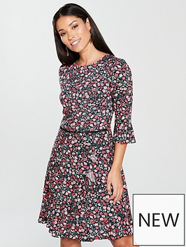 oasis-ditsy-flute-sleeve-dress-printed