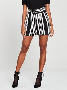 oasis-stripe-short-monochrome