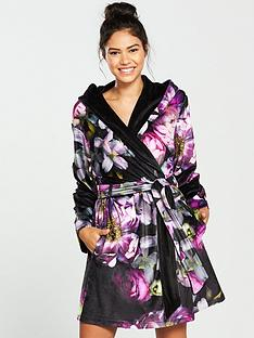 b-by-ted-baker-sunlit-floral-printed-robe-black-print