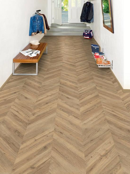 8mm Wharf Kingsize Laminate Flooring Dark Oak Very