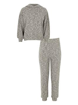 river-island-girls-grey-pearl-embellished-hoodie-outfit