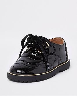 river-island-mini-girls-black-eyelet-patent-brogues