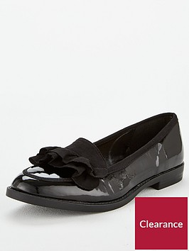 wallis-ruffle-loafer