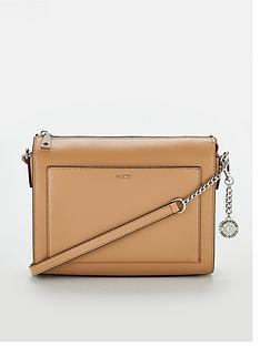 dkny-dkny-bryant-sutton-medium-box-crossbody-bag