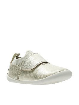 clarks-roamer-seek-first-shoes-metallic