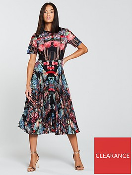 skeena-s-vogue-winter-berries-pleated-midi-dress