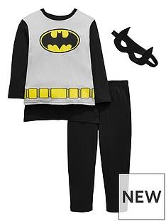 batman-pyjamas-with-cape-and-mask