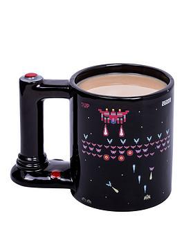 retro-arcade-mug