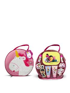 minions-minions-fluffy-large-toiletries-bag-complete-with-toiletries-and-cosmetics