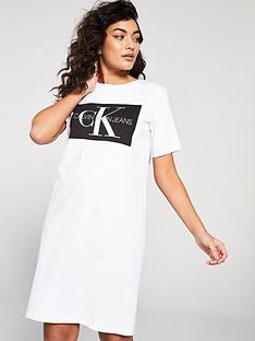 calvin-klein-jeans-calvin-klein-jeans-iconic-monogram-t-shirt-dress