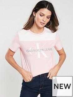 calvin-klein-monogram-soft-t-shirt-strawberrycream