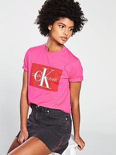 6926c5b40 Calvin Klein Jeans Iconic Monogram Box Straight T-shirt - Pink