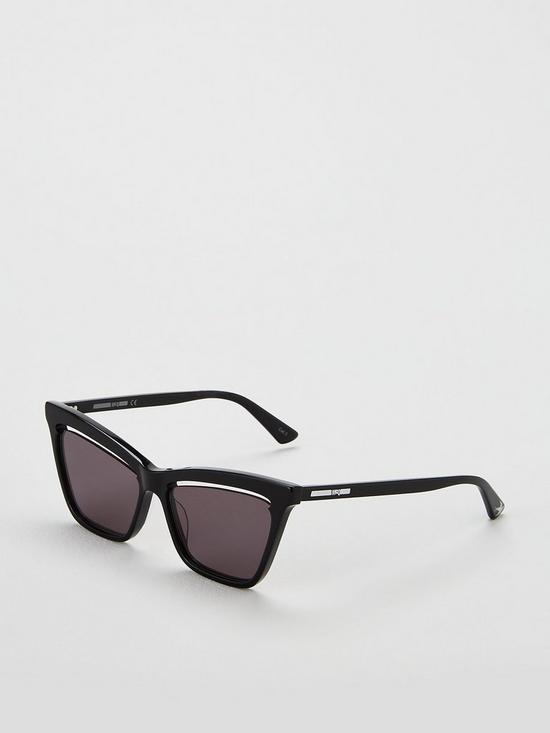 172569e170ec McQ Alexander McQueen Square Cut Out Sunglasses - Black