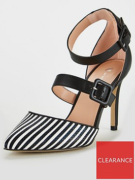 v-by-very-camilla-wide-fit-2-part-point-court-black-white
