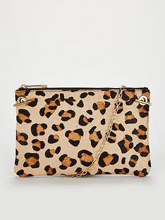 oasis-leoninbspclutch-animal-print