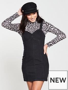 miss-selfridge-sweetheart-mini-denim-dress-black