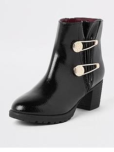 river-island-girls-patent-military-pin-pointed-boots