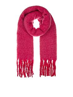 accessorize-super-fluffy-scarf-berry