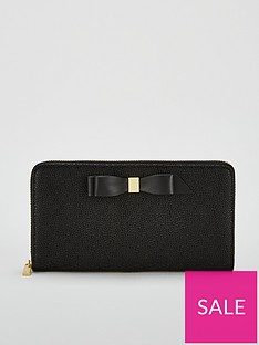 ted-baker-aine-bow-zip-around-matinee-purse-black