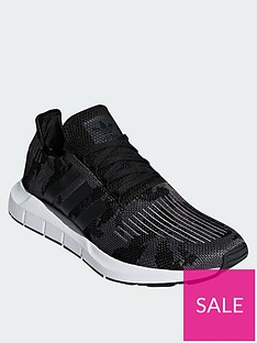 adidas-originals-swift-run-blackcamo