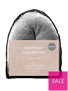 Everyday Collection Teddy Fleece V Shaped Pillow
