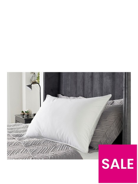 hotel-collection-ultimate-luxury-touch-of-cashmere-pillow