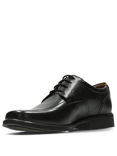 clarks-huckley-spring-shoe