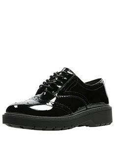 clarks-alexa-darcy-brogue-shoe