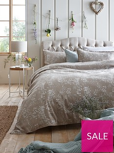 ideal-home-wild-blooms-jacquard-duvet-cover-set