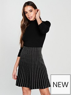 oasis-line-and-dot-knitted-midi-dress