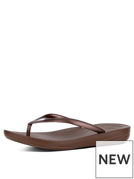 fitflop-iqushion-ergonomic-toe-thong-flip-flop-shoes-bronze