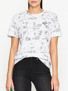gestuz-face-illustration-t-shirt-white
