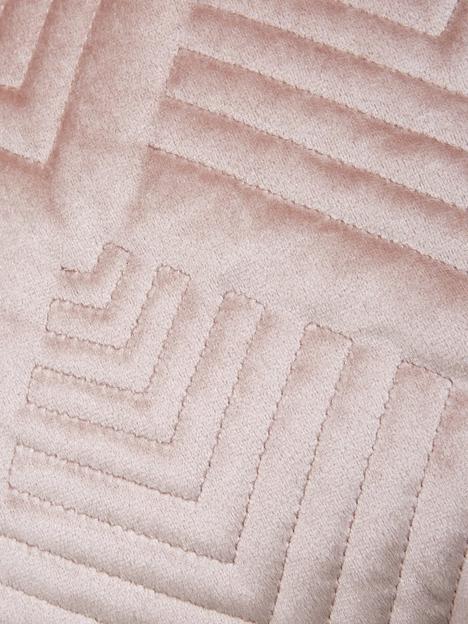 michelle-keegan-home-pink-velvet-cushion