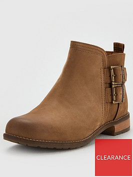 barbour-sarah-low-buckle-boot-ankle-boot-cognac