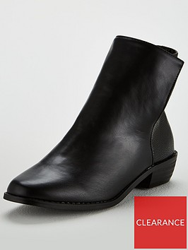 lost-ink-justin-textured-back-flat-ankle-boots-black