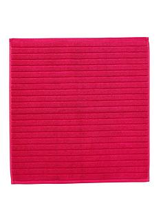 christy-prism-towelling-shower-mat-very-berry