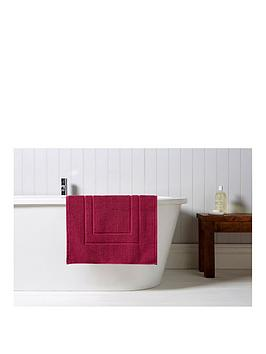 Christy Brixton 850Gsm Towelling Bath Mat - Magenta thumbnail