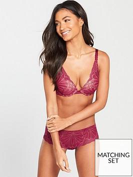 wonderbra-refined-glamour-triangle-bra