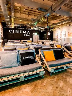 virgin-experience-days-unique-cinematic-experience-with-popcorn-pizza-and-wine-for-two