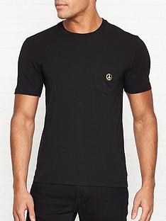 love-moschino-pocket-peacenbsplogo-slim-fit-t-shirt-black
