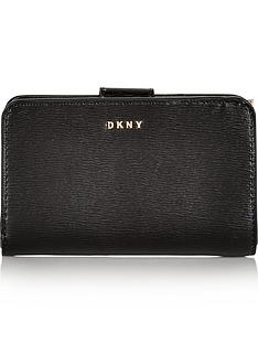 dkny-bryant-small-carryall-wallet-black