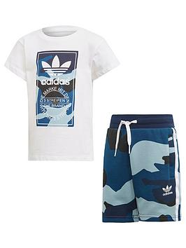 adidas-originals-boys-camo-shorts-and-t-shirt-set-white