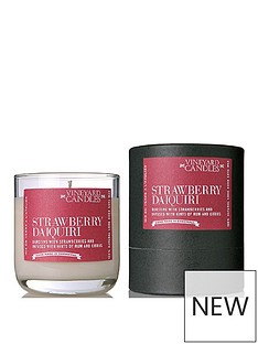 vineyard-candles-strawberry-daiquiri-candle