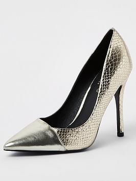 river-island-contrast-toe-court-shoe-gold