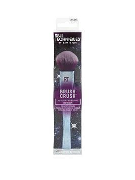 real-techniques-brush-crush-2-blush-302