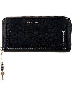 marc-jacobs-the-grind-standard-continental-walletnbsp--black