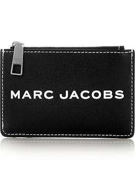 marc-jacobs-tag-top-zip-multi-wallet-black