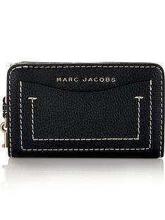 marc-jacobs-the-grind-compact-continental-walletnbsp--black